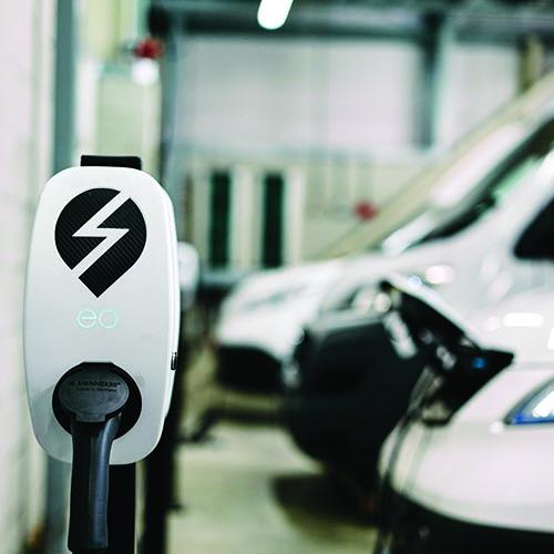 Elektromobilita se stává pomalu ale jistě realitou dnešní doby.